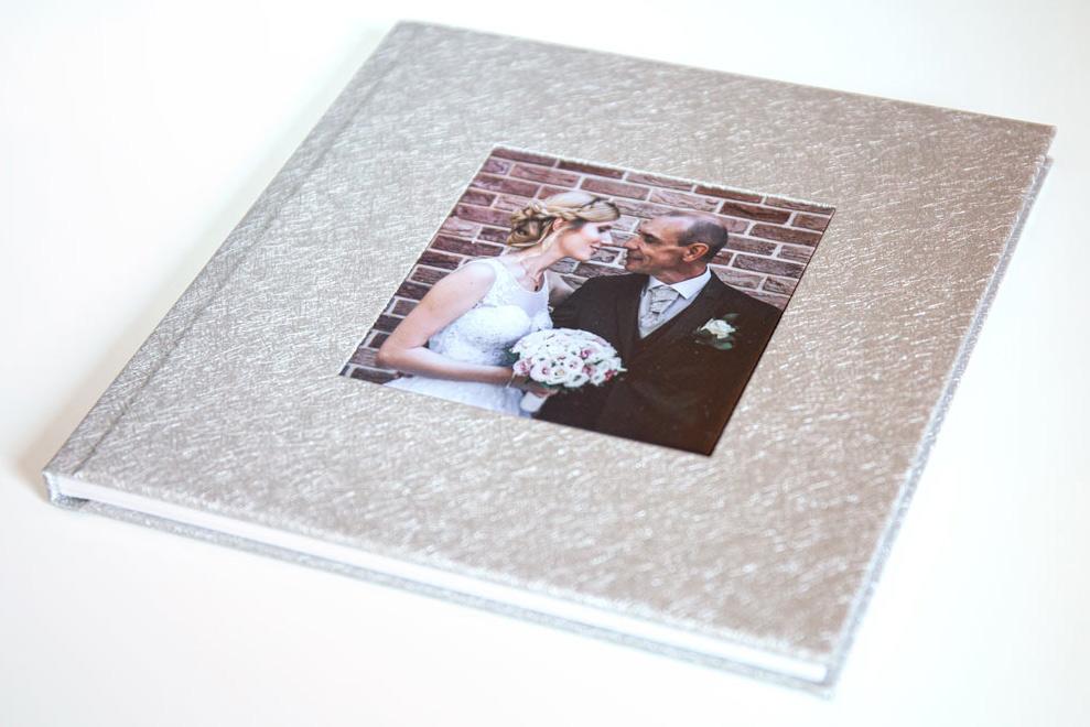esküvői fotóalbum borító